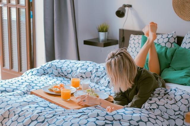 snídání v posteli.jpg